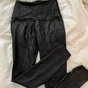 BEYOND YOGA BLACK SHIMMER LEGGING XS